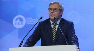 Timmermans narusza suwerenność Polski